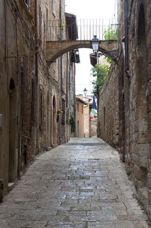 Colle di Val d'Elsa (Siena, Tuscany, Italy), typical old street Stock Photo - 10775400