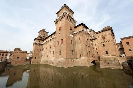 """14th: Ferrara (Emilia-Roma�a, Italia) - El castillo medieval, """"Castello Estense"""", siglo 14"""