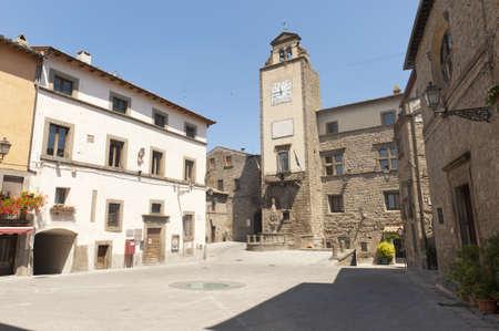 vitorchiano: Vitorchiano (Viterbo, Lazio, Italy), old typical town: square