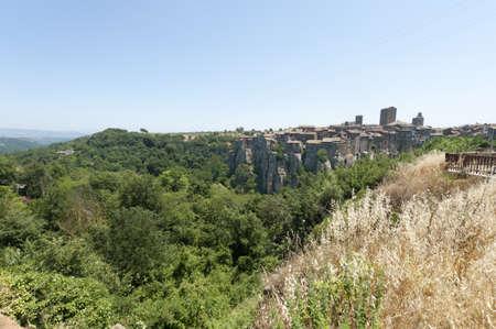 vitorchiano: Vitorchiano (Viterbo, Lazio, Italy), old typical town: panoramic view
