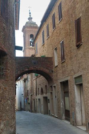 トッリータ ・ ディ ・ シエナ (イタリア トスカーナ) - 古い典型的な通り