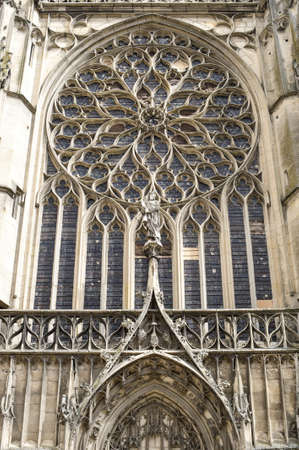 sens: Sens (Yonne, Burgundy, France) - Exterior of the Saint-Etienne cathedral, in gothic style, rose window