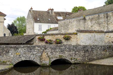 washhouse: Milly-la-Foret (Essonne, Ile-de-France) - Medieval public washhouse and other buildings
