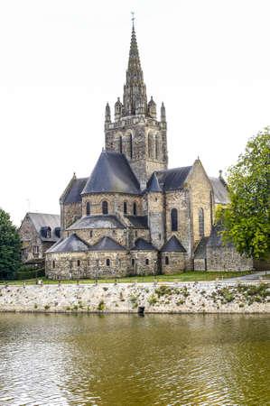 pays: Laval (Mayenne, Pays de la Loire, France) - Ancient church on the river