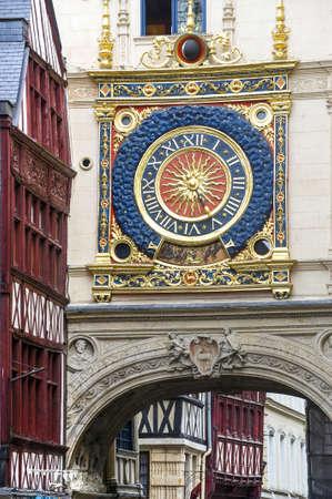 ルーアン (セーヌ河海上、ホート ノルマンディー, フランス) - 古代の時計塔は、ディテールの外観