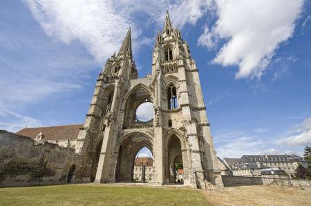 ソアソン (エーヌ、ピカルディ地域圏、フランス) の St-ジャン ・ デ = ヴィーニュの修道院跡します。