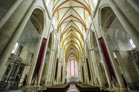 トゥール (ムルト ・ エ ・ モゼール、ロレーヌ、フランス) - 古代ゴシック様式の大聖堂の内部