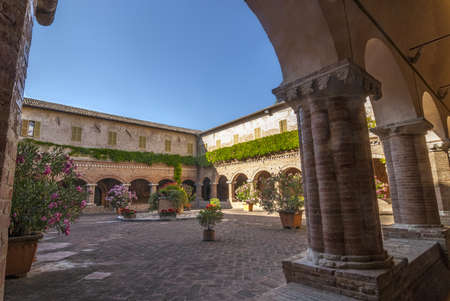 cloister: Tolentino (Macerata, Marches, Italy) - Church of San Nicola, cloister
