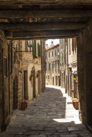 Santa Fiora (Grosseto, Tuscany, Italy) - Old street Stock Photo - 18866036