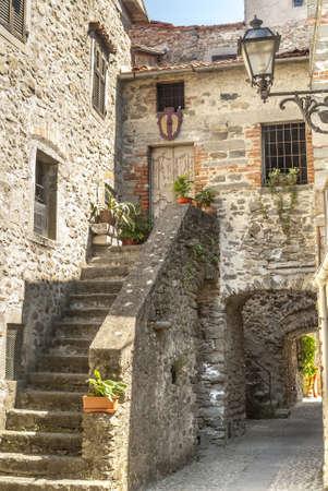 massa: Filetto  Lunigiana, Massa Carrara, Tuscany, Italy  - Street of the ancient village
