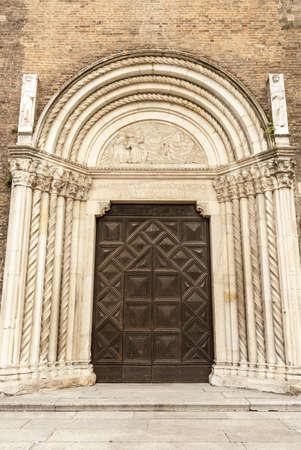 piacenza: Piacenza (Emilia-Romagna, Italia) - La antigua iglesia de San Francesco