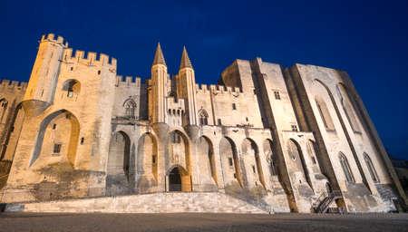 avignon: Avignon (Vaucluse, Provence-Alpes-Cote dAzur, France), Palais des Papes (Palace of the Popes) by night