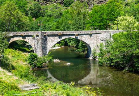 parc: Parc des Cevennes (Gard, Languedoc-Roussillon, France): old bridge over a river