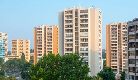 var: Toulon (Var, Provence-Alpes-Cote dAzur, France): modern residential buildings Stock Photo