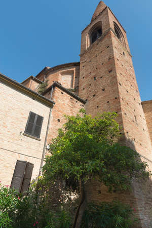 urbino: Mondavio (Pesaro Urbino, Marches, Italy): historic buildings at morning