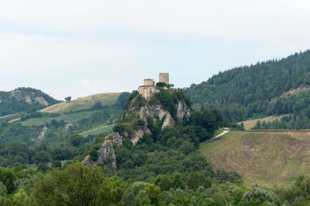 appennino: Mountain landscape in Montefeltro (Marches, Italy) at summer. Ruins.