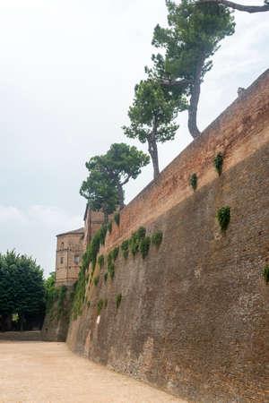 rimini: Santarcangelo di Romagna (Rimini, Emilia-Romagna, Italy): medieval walls