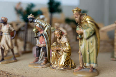 presepe: Christmas Nativity Scene: The Three Wise Men, wooden statues. Selective focus. Editorial