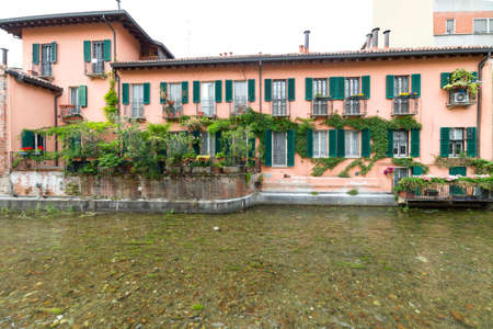canal house: Naviglio Martesana (Milan, Lombardy, Italy), historic house along the canal