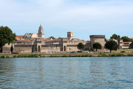 vaucluse: Avignon (Vaucluse, Provence-Alpes-Cote dAzur, France): the medieval walls and the river