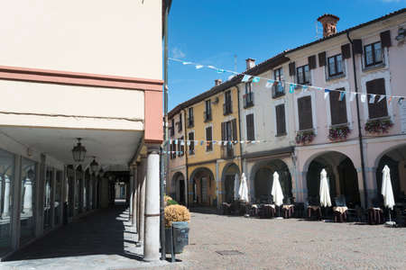 portico: Abbiategrasso (Milan, Lombardy, Italy): typical old street with portico