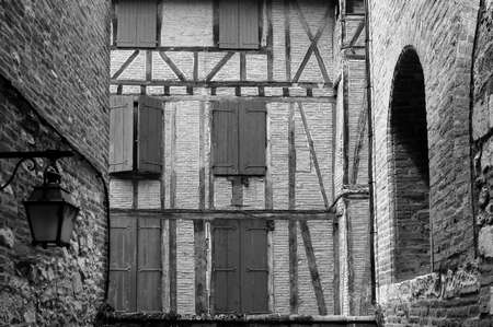 tarn: Albi (Tarn, Midi-Pyrenees, France) - Old typical half-timbered building. Black and white
