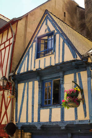 typical: Vannes (Morbihan, Brittany, France): old typical half-timbered buildings Stock Photo