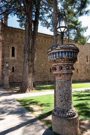 catalunya: La Pobla de Segur (Catalunya, Spain): historic church and garden Stock Photo