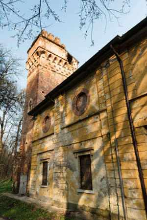molino de agua: Historic watermill in the Monza Park (Lombardy, Italy) at winter