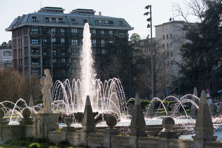 citylife: Milan (Lombardy, Italy): Citylife, modern residential buildings and historic fountain Stock Photo
