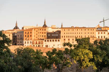 mancha: Toledo (Castilla-La Mancha, Spain): cityscape, the medieval walls at evening
