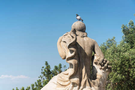 montjuic: Barcelona (Catalunya, Spain): the hill of Montjuich and the Museum of Catalan Art. Statue with pigeon Editorial