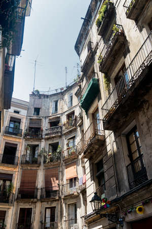 catalunya: Barcelona (Catalunya, Spain): historic buildings in the gothic quarter Editorial