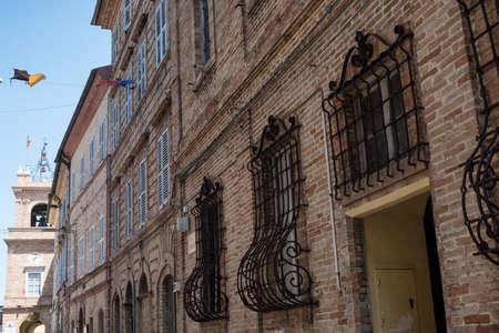 Montefano (Macerata, Marches, Itália), edifícios antigos na cidade histórica