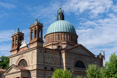 Dogliani, Langhe, Cuneo, Piedmont, Italy: exterior of the historic Saints Quirico and Paolo church