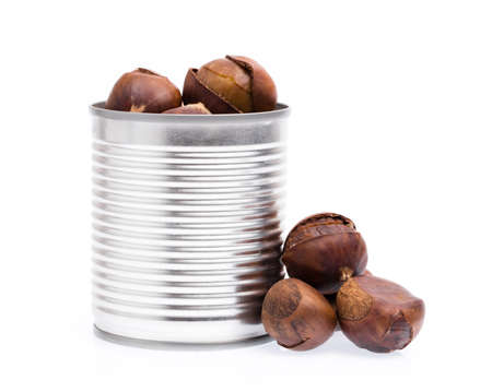 aluminium can: aluminium can of chestnuts isolated on white background