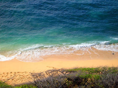 Aerial view of Diamond Head Beach, Oahu, Hawaii Stock Photo - 4755094