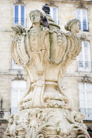 gironde: Fountaion place du Parlement, les trois Graces, Bordeaux, France