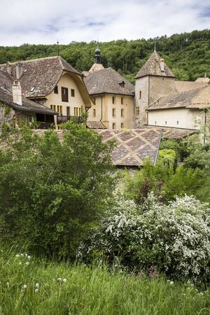vaux: General vieuw of the mountain village of Romainmotier-Envy - Switzerland
