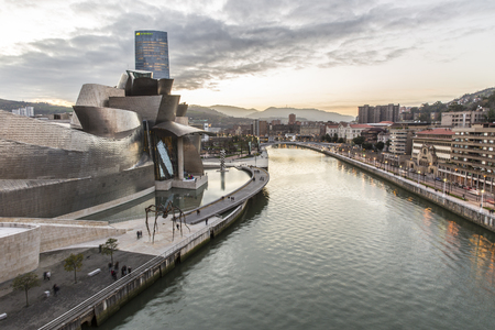 bilbo: Bilbao, Spain - January 29, 2016: night view of modern and contemporary art Guggenheim Museum, designed by American architect Frank Gehry and inaugurated in October 1997.