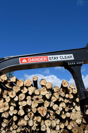 loader: Warning Label on Log Loader