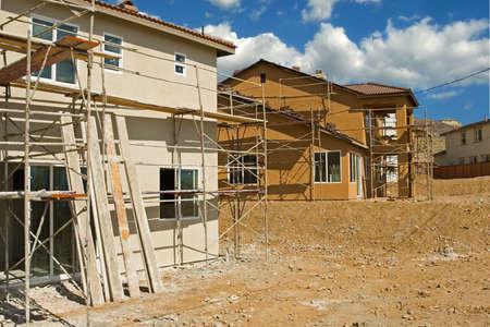 Nieuwe woningbouw in een onderverdeling van een nieuwe gemeenschap