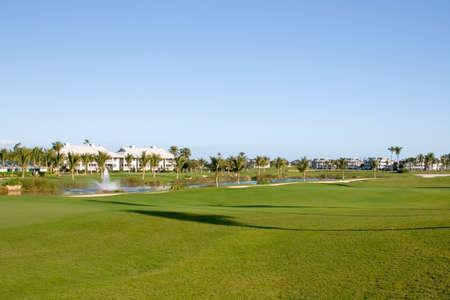退職コミュニティ コンドミニアム リゾート ゴルフ コース