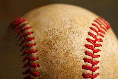 野球の使用上の縫い目のマクロの表示を閉じる 写真素材