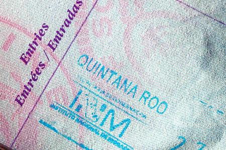 メキシコのエントリ スタンプとパスポートのページ