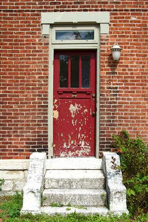 コロンバス、オハイオ州のドイツ文化村の古いとビンテージのドア 写真素材 - 11043332