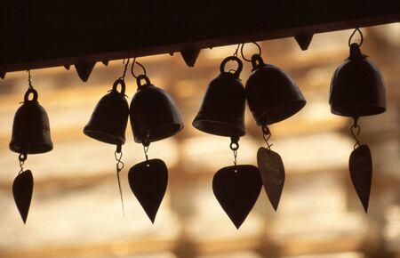 doi: Cuore campane a tempio buddista, Suthep Doi, Chiang Mai, Thailandia