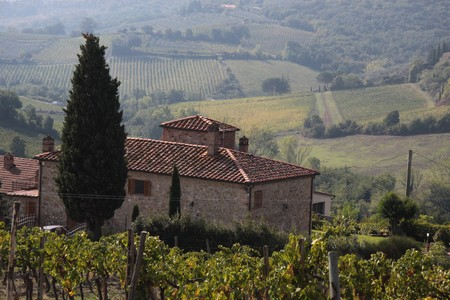 chianti: Tuscan country house near San Gimignano