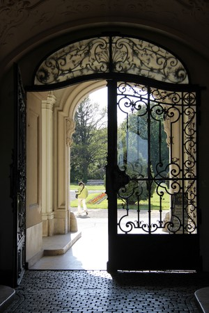 portones: Fachada del Palacio de Festetics en Keszthely en lago, Hungr�a