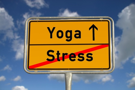 German road sign stress  and Yoga with blue sky and white clouds Stockfoto